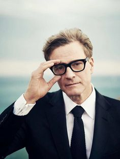 Ravageurs wear glasses. | Colin Firth