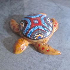 https://flic.kr/p/uUTyyQ | Faux Amber Sea Turtle Box/Pendant/Wall Hanging by Deb Hart