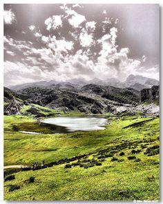 Ercina lake (Asturias)