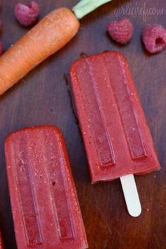 Carrot, Mango, & Raspberry Popsicles Hmmm didn't think about putting veggies in fruit pops.