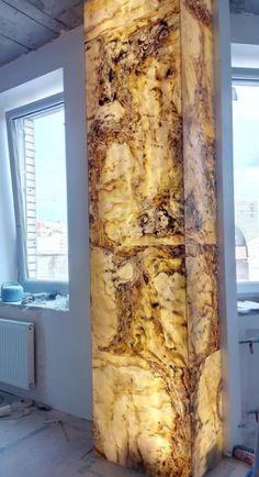 Brighten up your space with a Translucent Wall Feature. Living Room Partition Design, Room Partition Designs, Ceiling Design, Wall Design, House Design, Interior Columns, Decor Interior Design, Dream Shower, Onyx Marble