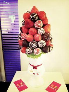 Ramo de fresas con chocolate en el I @encuentronovias en Atrio Málaga