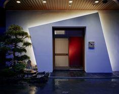 Intricate entryway  Kappo Hisago restaurant by Ichiro Nishiwaki Design Office, Niigata   Japan restaurant