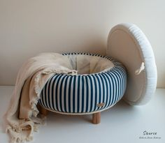 Marine look tufted ottoman – Upcycled car tire – One of a kind furniture pieces - Ottomans Tire Furniture, Home Decor Furniture, Unique Furniture, Diy Home Decor, Furniture Design, Room Decor, Recycled Furniture, Plywood Furniture, Handmade Furniture