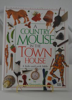 A Country Mouse In The Town House by DK Publishing, Henrietta 0789400219 9780789400215 Dk Books, Used Books, Dk Publishing, Stack Of Books, Childrens Books, Townhouse, The Unit, Christmas Ornaments, Country