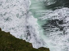 Waves and Froth at the Cliffs of Moher [OC] [3200x2400]