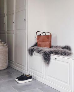 Walking Closet, Scandi Style, Shag Rug, Rum, Sweet Home, Art Deco, Interior Design, Tips, Inspiration
