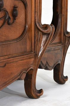 antik bútor, szecessziós stílusú szekrény Art Nouveau, Wood Carving, Office Furniture, Lane, Home Decor, Style, Wardrobes, Antique Furniture, Swag