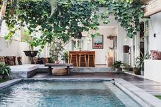 Tucked away on a quiet street in Canggu and surrounded by rice paddies, the thoughtfully designed villa is light and airy, with influences from South America and East Asia. The founders of the iconic swimwear brand, F E L L A , Rosie Iffla & Christine Tang, collaborated with their favorite