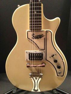 Vintage 1961 Supro