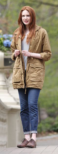 Looking at this outfit, I think at this point Amy's been with the doctor a tad too long.
