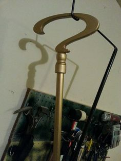 how to tutorial for the riddlers cane. I think I need one of these.