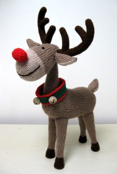 Knitographical: R is for Reindeer - By Alan Dart, legendary knit toy designer. Knitographical: R is for Reindeer - By Alan Dart, legendary knit toy designer. Always aspired to discover how to knit, n. Christmas Knitting Patterns, Knitting Patterns Free, Baby Knitting, Crochet Patterns, Knitting Toys, Free Pattern, Free Knitting, Knitted Dolls, Crochet Toys