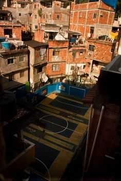 Futebol na favela