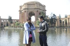Mindy and Danny make their way to the Palace of Fine Arts.