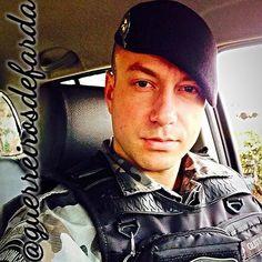 POLICIAL MILITAR   SIGAM...  @vogt_gustavo @vogt_gustavo @vogt_gustavo @vogt_gustavo @vogt_gustavo  Mande sua foto  por DIRECT  @guerreirosdefarda . .  Sigam também os meus parceiros  @vidadepolicial @esquadraoperacional @policiaminhavida . .  #policial #policia #pm #police #policiamilitar #brasil #militar #prf #papamike #policiafederal #policiafeminina #segurança #concursopublico #policiacivil #soldado #caveira #facanacaveira #operacional #policeman #proteger #militarypolice #military…