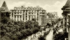 Bucuresti - B-dul Elisabeta - 1929 Bucharest Romania, Back In Time, Old City, Old Pictures, Paris Skyline, Tourism, Louvre, Street View, Memories