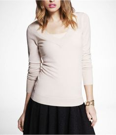 Express Womens Extra Fine Merino Wool Vneck Sweater Powder, Medium