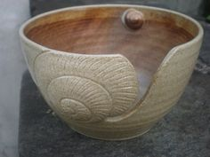 Seashell Yarn Bowl - I wish I knitted!