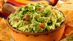 Perfecto para cualquier ocasión, ¡esta receta de guacamole es deliciosa! La base de tomate, cilantro fresco y un Knorr® MiniCubo de Ajo le agregará el sabor perfecto al aguacate. Receta de guacamole + guacamole delicioso + guacamole fácil + guacamole recipe