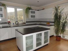 Poradca: p. Kitchen Island, Home Decor, Island Kitchen, Decoration Home, Room Decor, Home Interior Design, Home Decoration, Interior Design