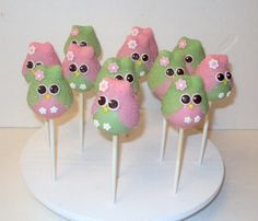 Owl always love cake pops,  especially when they are as cute as these.