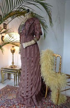 Art Nouveau Brown Silk Dinner Gown, ca. 1910
