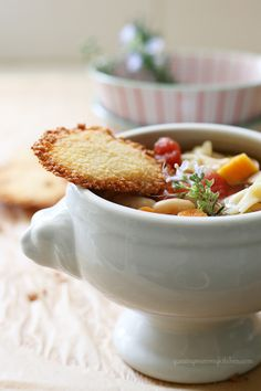 Pasta e Fagiole Soup with Parmesan Crisps. An easy and hearty dinner at around 300 calories and loaded with veggies.   #recipe from YummyMummyKitchen.com