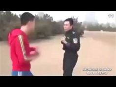 Self Defense Moves, Self Defense Martial Arts, Martial Arts Training, Fight Techniques, Martial Arts Techniques, Self Defense Techniques, Ufc Workout, Jiu Jitsu Training, Hapkido
