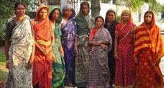 madagascar women Women road repair crew, Kathryn Ward, Dhaka