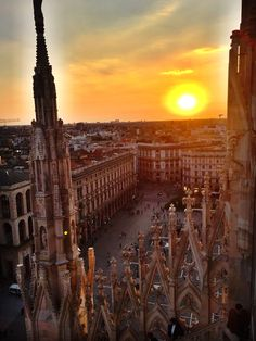 Sunset on the Duomo Rooftop in Milan: http://peachesncreme.org/2015/10/13/pnc-travels-majestic-milan-part-2/