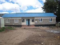 Alice Home E' una casa-famiglia situata nella baraccopoli di Kariobangi, che 36 bambini orfani accuditi come figli
