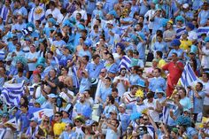 Supporters+of+the+Uruguayan+national+football+team+cheer+prior+to+a+Group+D+football+match+between+Uruguay+and+Costa+Rica+at+the+Castelao+Stadium+in+Fortaleza+during+the+2014+FIFA+World+Cup.jpg (1600×1065)