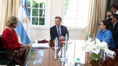 Mauricio Macri recibió a la reina Máxima en la quinta de Olivos  La reina Máxima y el presidente Macri, este mediodía, en Olivos. Foto: Twitter @gabimichetti