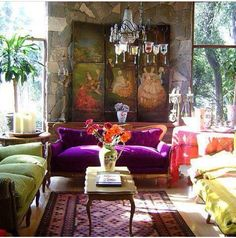 I love this happy room I Want a purple couch Home Interior, Interior And Exterior, Interior Decorating, Interior Design, Style At Home, Lila Sofa, Purple Couch, Sweet Home, Boho Home