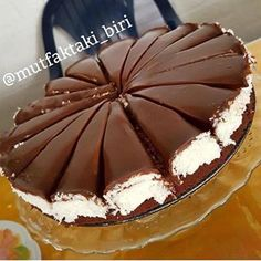 The best cake you can make near your tea: Cocostar Pasta The best cake you can make near your tea: Cocostar Pasta Easy Cake Recipes, Dessert Recipes, Pasta Cake, Dessert Pasta, Tasty, Yummy Food, Turkish Recipes, Food Cakes, Yummy Cakes