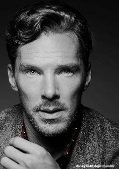 Benedict Cumberbatch (Sherlock is my new addiction)