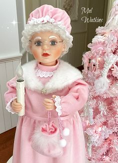 My large pink animated Mrs Claus <3 <3 my mum and i make these pink :)
