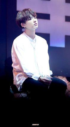 This is the gem of Kim Taehyung <3 Baobei !!.. Baobei <3