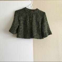 "Green shrug Dark Green shrug :: two button closure :: 17"" long Forever 21 Sweaters Shrugs & Ponchos"