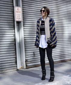 Uma das principais dúvidas na hora de montar um look de Inverno é como fazer uma Sobreposição! Além de ser um truque fashion, é uma forma de transformar os looks com a mistura de peças sobrepostas e deixar o look quentinho, mas sem aumentar a silhueta  Você pode misturar peças com cores diferentes ou …