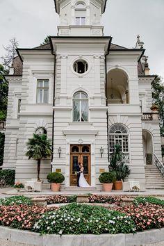 Thomas Berg - Hochzeitsfotograf Kärnten - Wedding Photography - Austria - Vintage Wedding Mansions, House Styles, Vintage, Home Decor, Mountain Photography, Mansion Houses, Homemade Home Decor, Manor Houses, Fancy Houses
