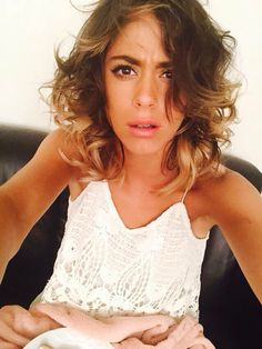 tini at DuckDuckGo Violetta Live, Celebrity Singers, My Fb, Good Music, Ariana Grande, Boy Or Girl, Hair Makeup, Camisole Top, Tank Tops
