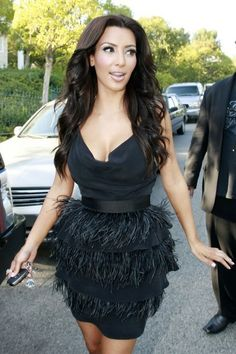 Kim Kardashian Dresses Black V Neck Sleeveless With Feathers Tiered Short Bandage Celebrity Dress 2017 High End Casual Dresses