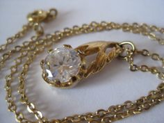 Flower Stone Necklace Gold Clear Vintage by vintagejewelryalcove, $9.50