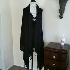 Black Scarf Excellent Condition  Worn only once Accessories Scarves & Wraps