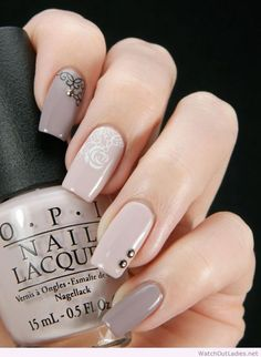 Beautiful long nails with roses details
