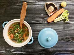Mám po ránu závislost na miso polévce. Další verze, tentokrát s žampiony, které polévce dodaly skvělou chuť.