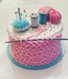Beautiful Cakes, Amazing Cakes, Fondant Cakes, Cupcake Cakes, Bolo Original, Knitting Cake, Sewing Cake, Brithday Cake, Artist Cake