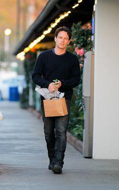 Stephen Moyer shopping in Malibu
